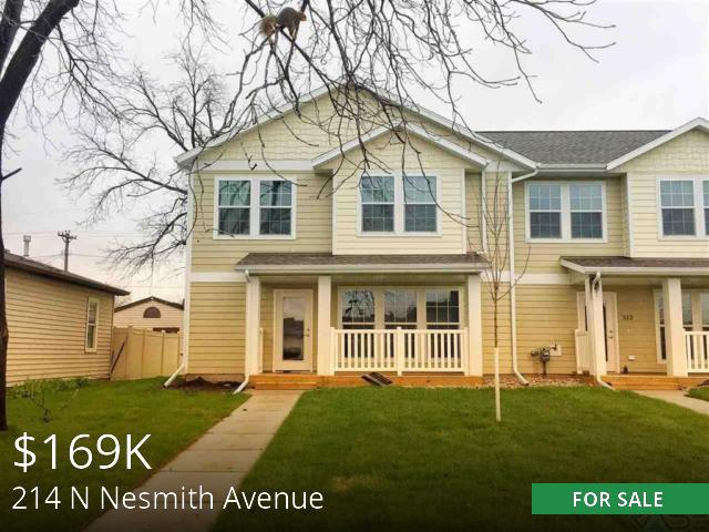 214 N Nesmith Avenue